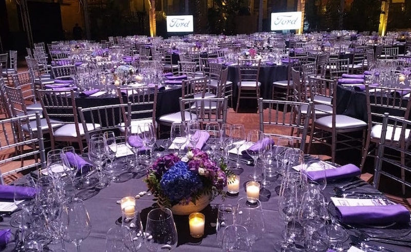 Table centers events