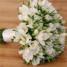 Freesia bouquet novia