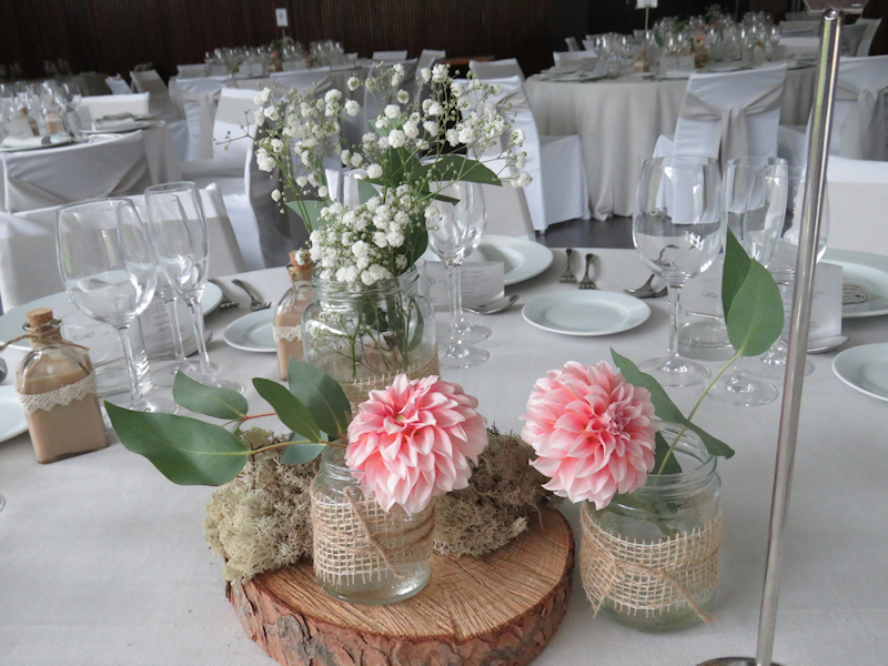 Ideas de centros de mesa para una boda con estilo natural - Centro de mesa rustico ...
