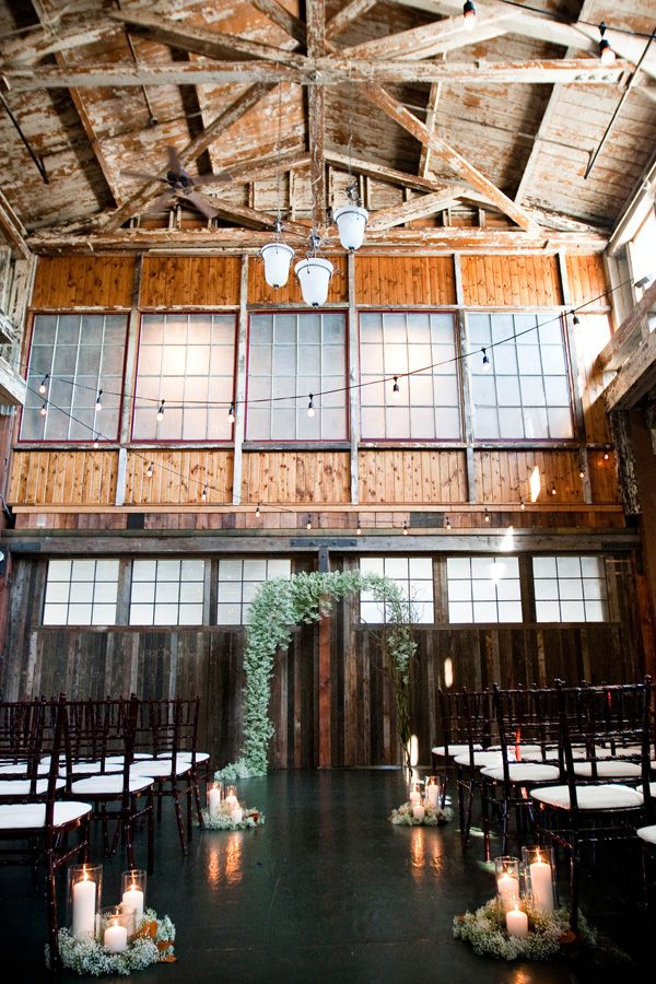 ¿Cómo hacer la decoración floral en una boda civil?
