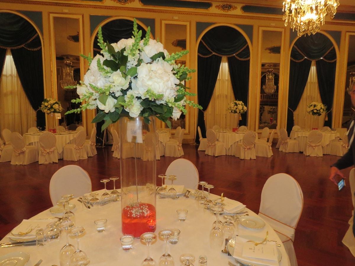 Arreglos florales para boda de lujo