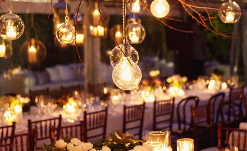 Iluminación para bodas de noche